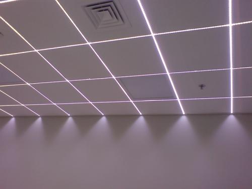 Освещение в офисе светодиодной лентой